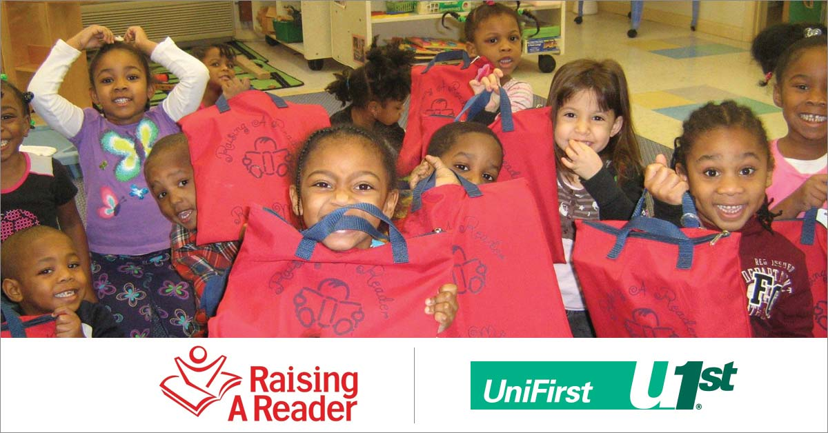 Kids in class learning to read with Raising a Reader MA
