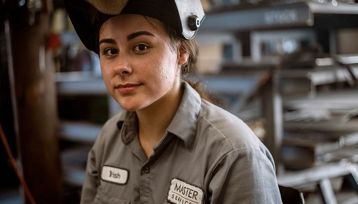 2816f02b91d0 Worker dressed in Armorex FR arc-rated Flame Resistant FR Shirt