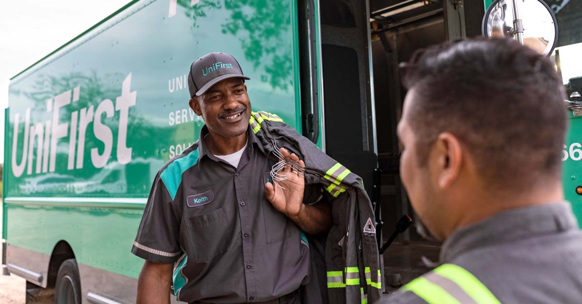 Employees in rental work clothing and uniforms for many industries